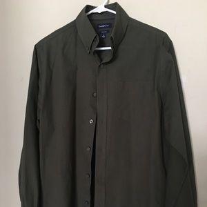 Croft&Barrow long sleeve button down dress shirt.